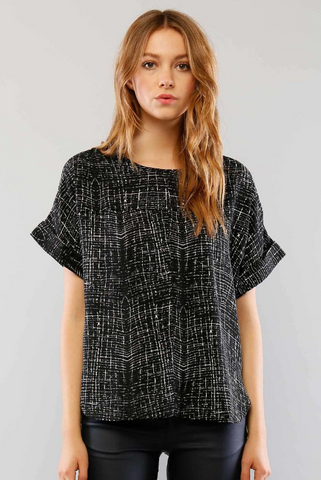 Short Sleeve Printed Boxy Fit Top With Side Slits