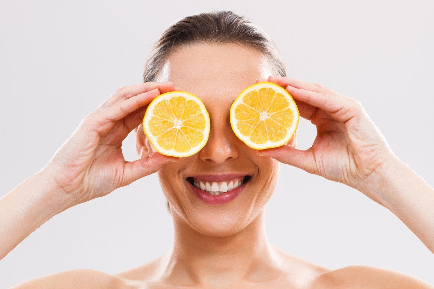 Your Natural Skin Care Routine Needs Vitamin C