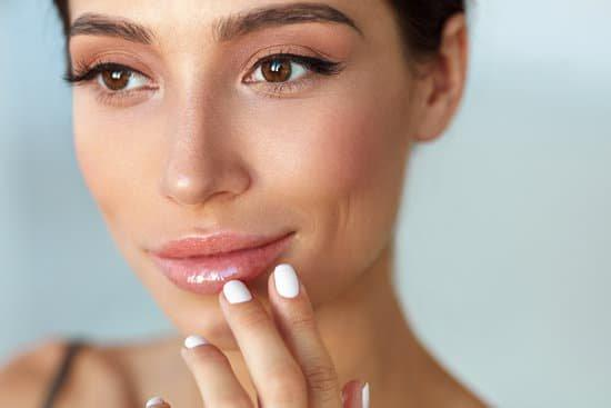 3 Tips For Sexier Lips And Healthier Skin