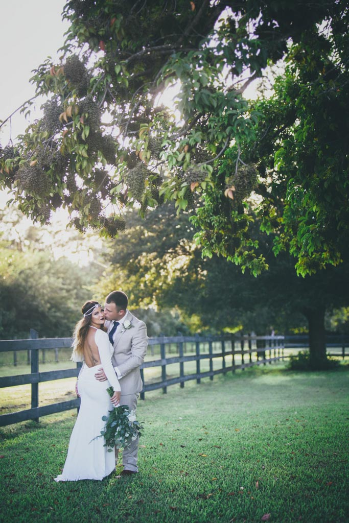 Tara Koenke Photography |Wedding Flowers | Bride & Groom