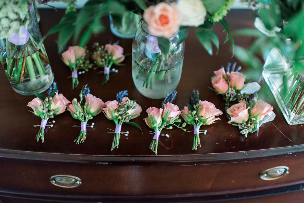 Wedding Flowers | Boutonnieres