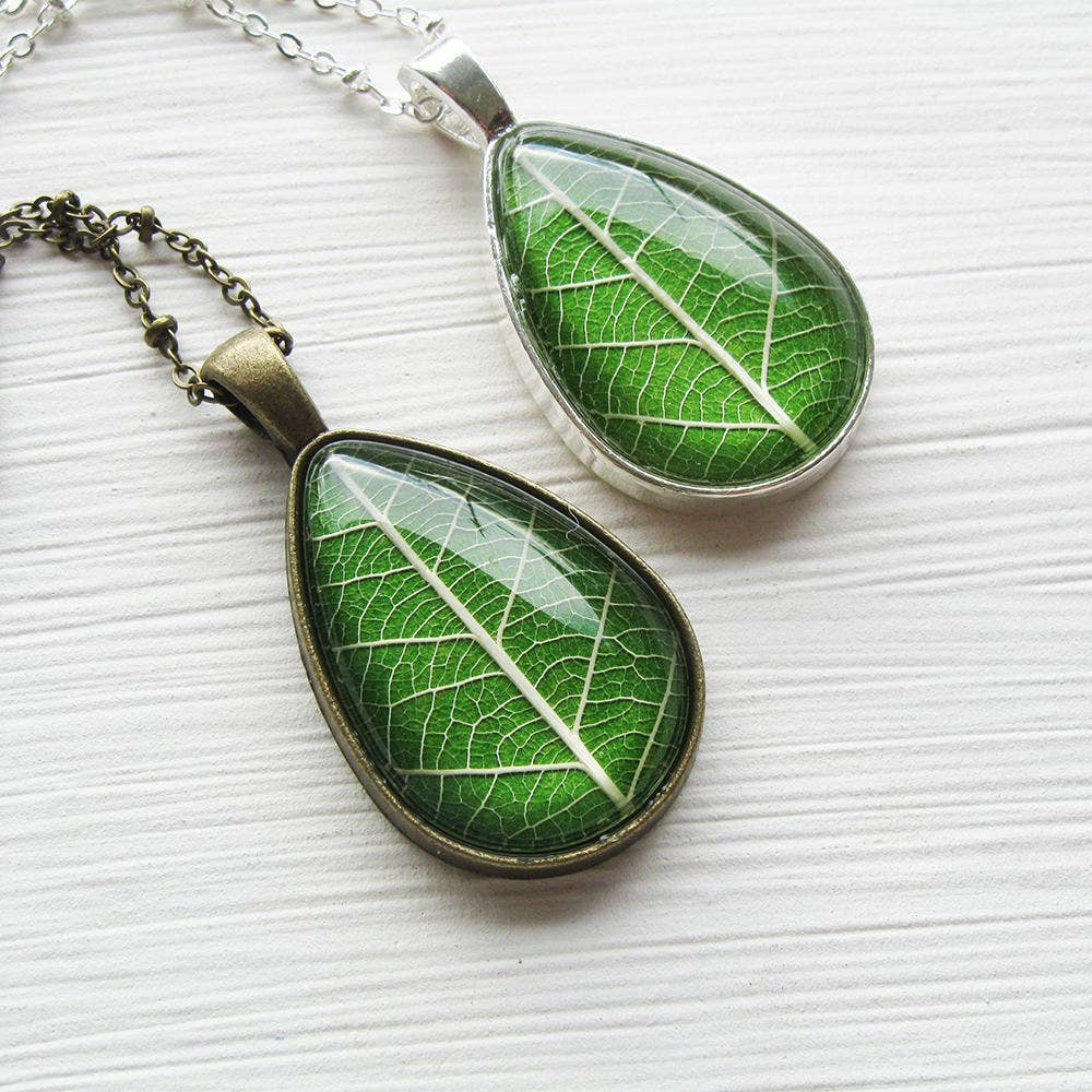 Necklace | Grass Green Leaf Teardrop - Brass