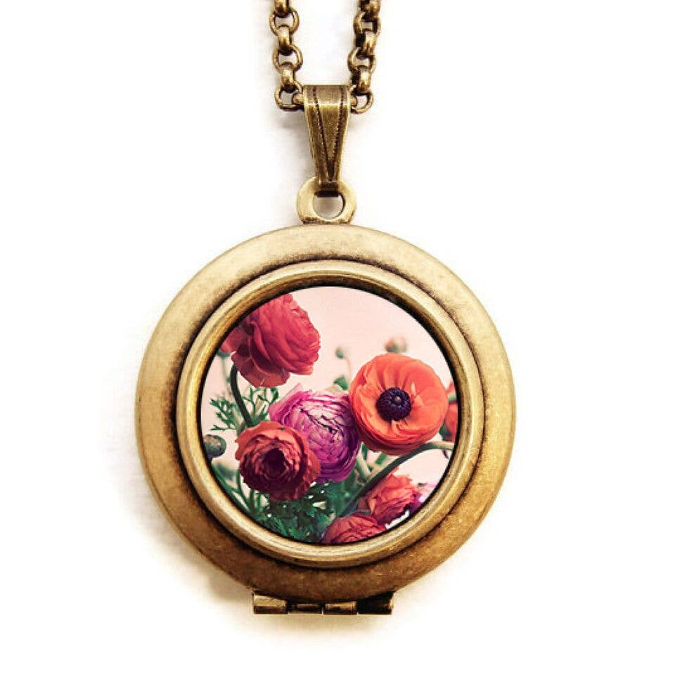 Photo Locket Necklace | Bouquet Ranunculus