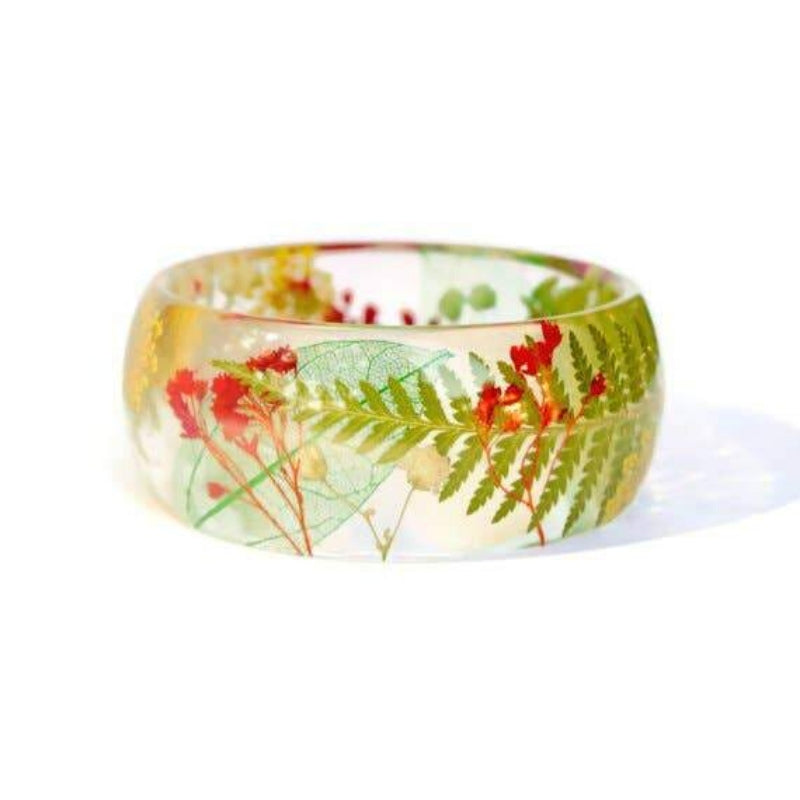 Bracelet | Red, White, and Green Flowers