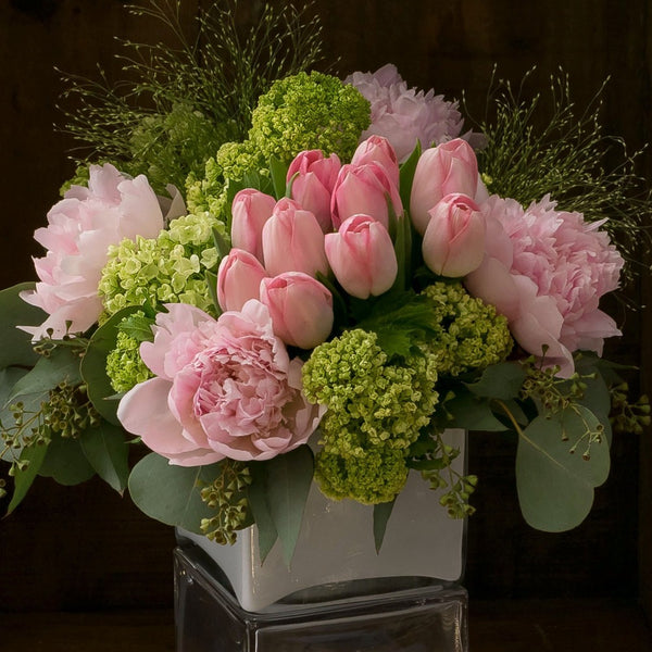 Flower delivery out of season jardin floral design jardin floral design flower delivery naples bonita springs estero ft myers mightylinksfo
