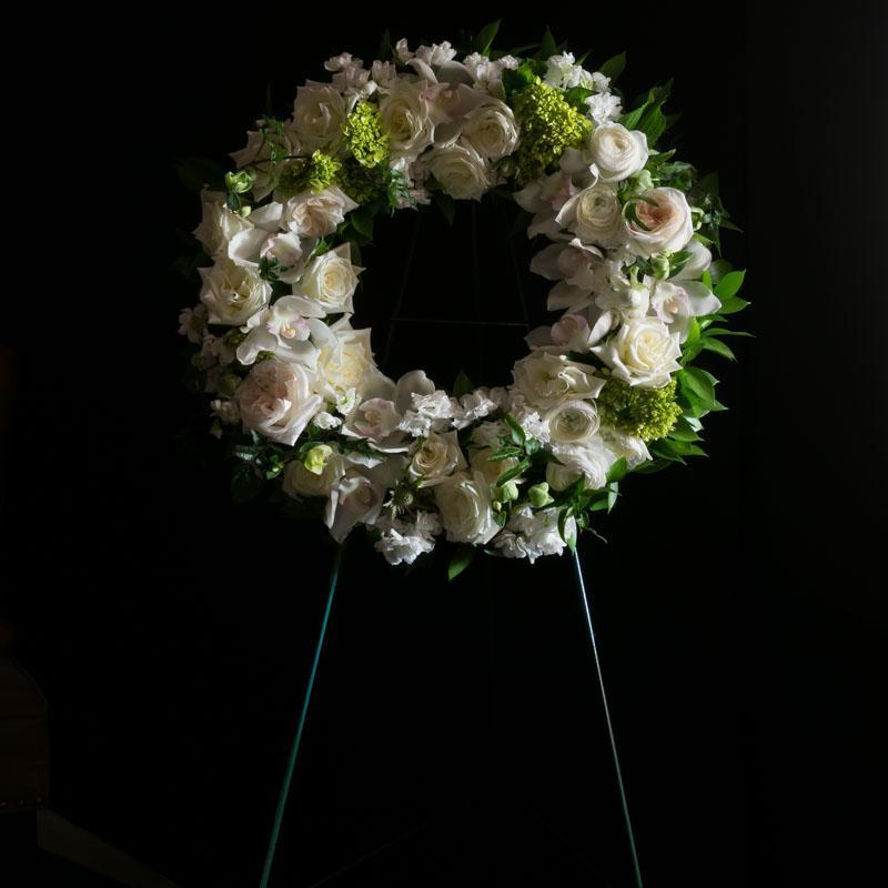 Funeral | Sympathy Flowers - Full Circle Wreath