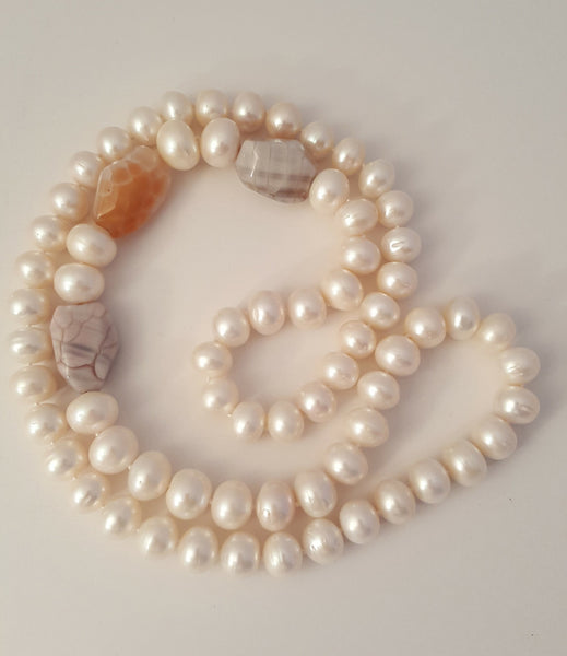 Large Freshwater Pearls with 3 Agate Stones Necklace