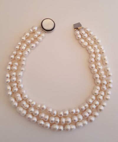 3 Strand Large Peanut Pearls Necklace