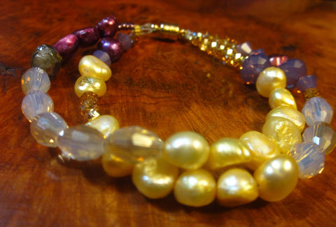 Pearls! Crystals! Pretty Colors! — Bracelet