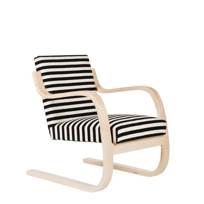 Artek, Armchair 402, Frame: birch, clear lacquer Seat and back: fabric upholstery, savak / Natural Lacquered- Placewares