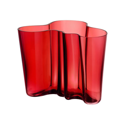 Iittala, Alvar Aalto Collection Vase, 6.25 in - multiple colors, Cranberry- Placewares