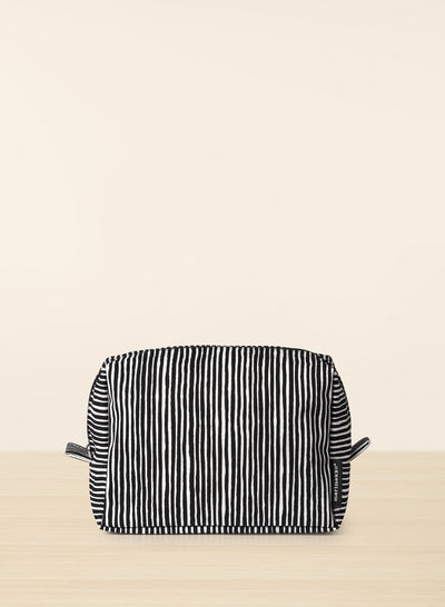 Marimekko, Verso Varvunraita Toiletry Bag, White/Black- Placewares