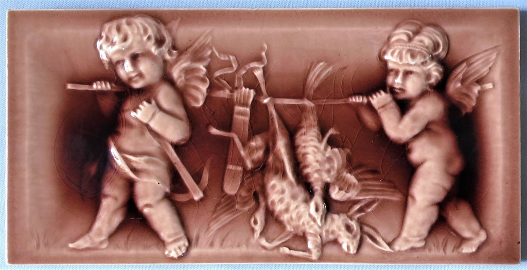 Cambridge Tile Hunting Cherubs goose, rabbit, turkey