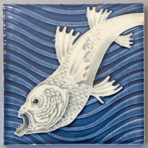 Art Nouveau Fish Tile by Villeroy & Boch Bungalow Bill Antique