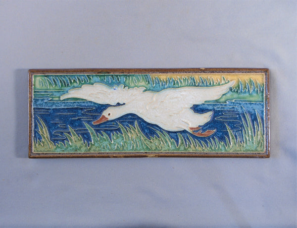 Royal Delft Flying Goose Tile Arts and Crafts Porceleyne de Fles Bungalow Bill Antique