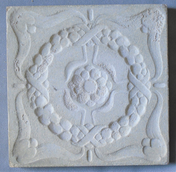 Villeroy Boch Jugendstil Tile Art Nouveau White Wreath on Gray  Bungalow Bill Antique