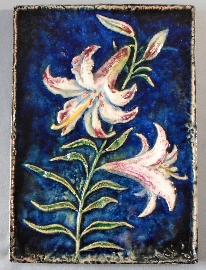 Karlsruhe Majolica Lily Tile Wall Plaque Bungalow Bill Antique