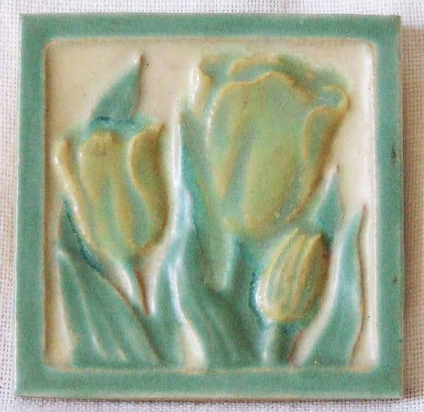 Franklin Arts and Crafts Tulip Tile