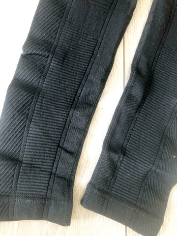 Black Gripp Sculpt Power Leggins - sky williams collections