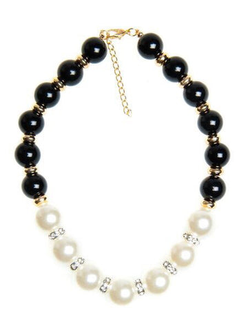 Bella Rosa Pearl black and white necklace with crystal details