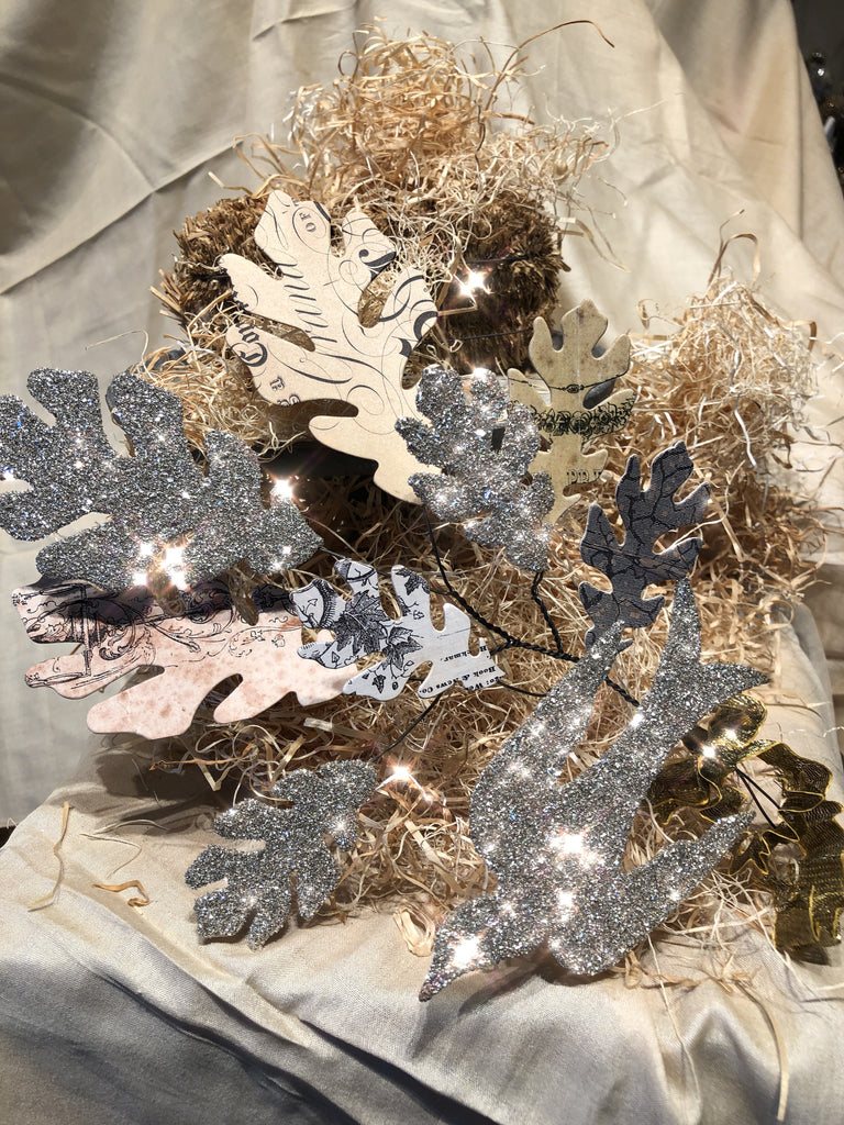 Oak Leaf Spray with Glitter Bird