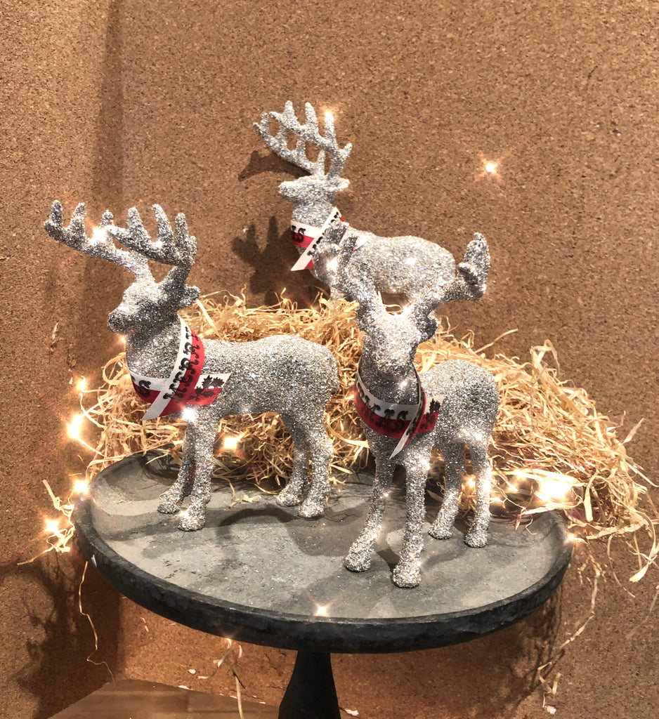 Glittery Reindeer with Merry Christmas Ribbon