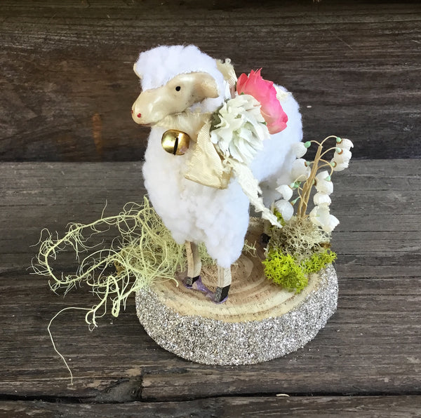 Tiny Easter Sheep With Vintage Flowers