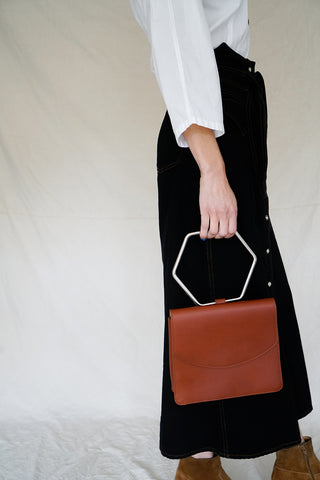 RAYA TRAPEZE BAG WITH TAGS