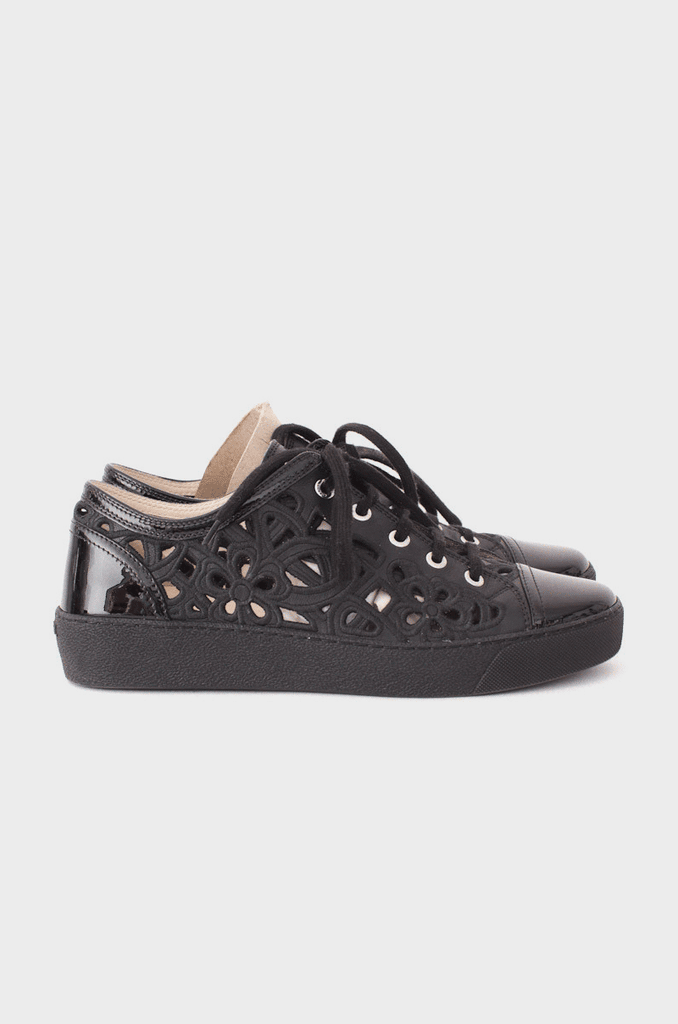EMBROIDERED CUTOUT SNEAKERS