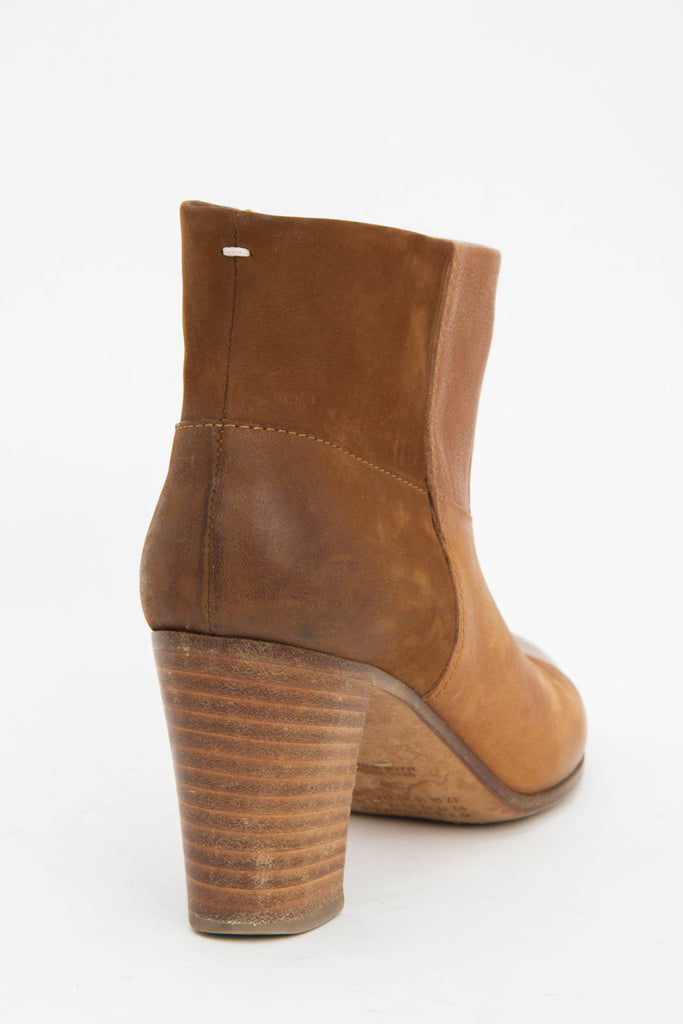 TWO TONED CAMEL BOOTS