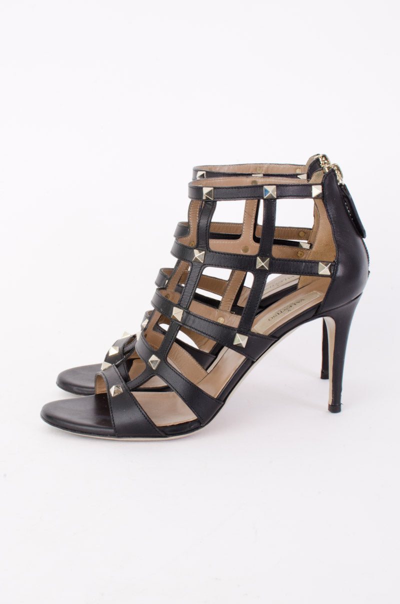 BLACK CAGED ROCKSTUDS