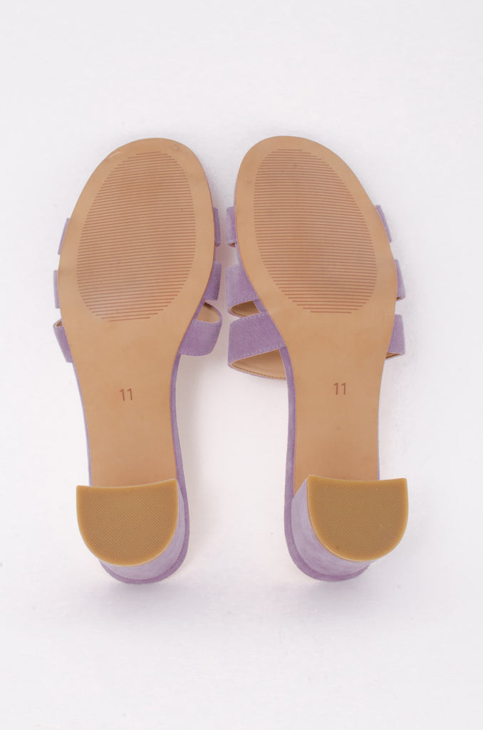 JANE SANDALS WITH TAGS