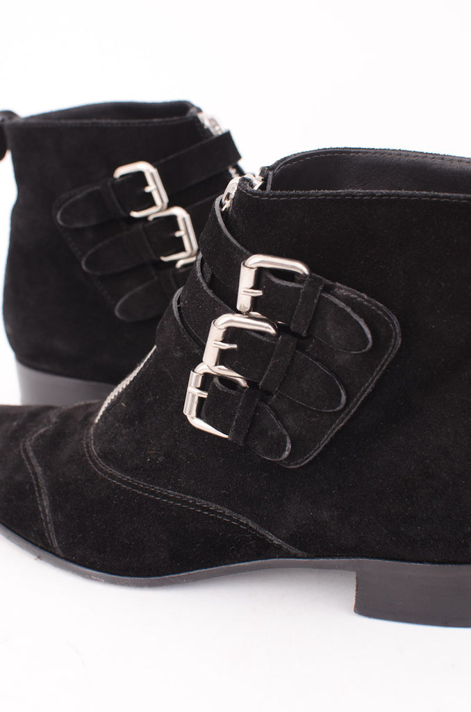 EARLY SUEDE BOOTIES