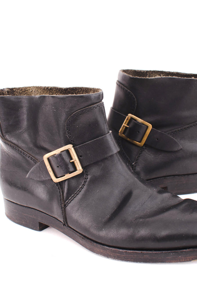 HOBBY ANKLE BOOTIES