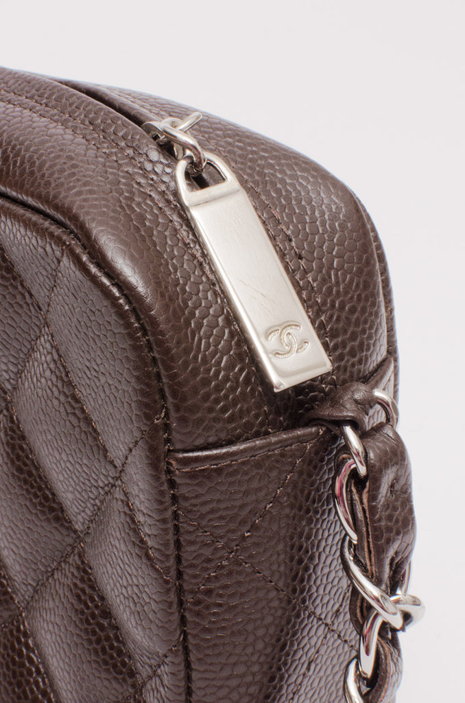 CAVIAR QUILTED CHAIN BAG