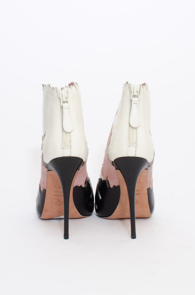 LEAF CUTOUT ANKLE BOOT WITH TAGS