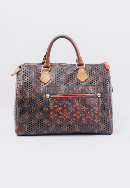 c8e55d269c21 PERFORATED SPEEDY 30 – Gift of Garb