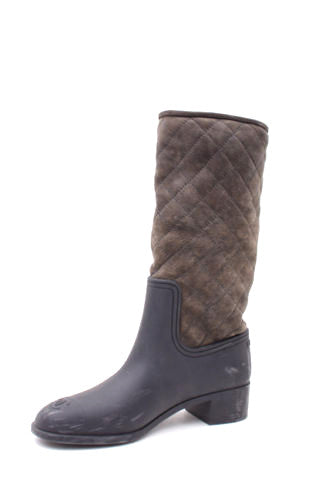 85d44d9ac827 BROWN GRAY QUILTED BOOTS – Gift of Garb