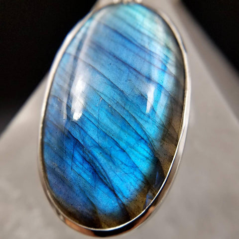 Blue Flash Labradorite Pendant