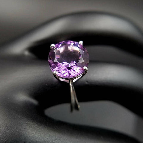 Amethyst Solitaire Sterling Silver Ring Size 9
