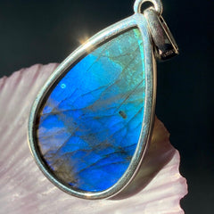 Blue Labradorite Aura Protection Pendant