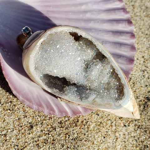 Mermaid Cave Sparkly Crystal Seashell Pendant