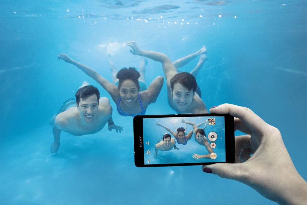 Take Great Underwater Shots...With Your Cell Phone!