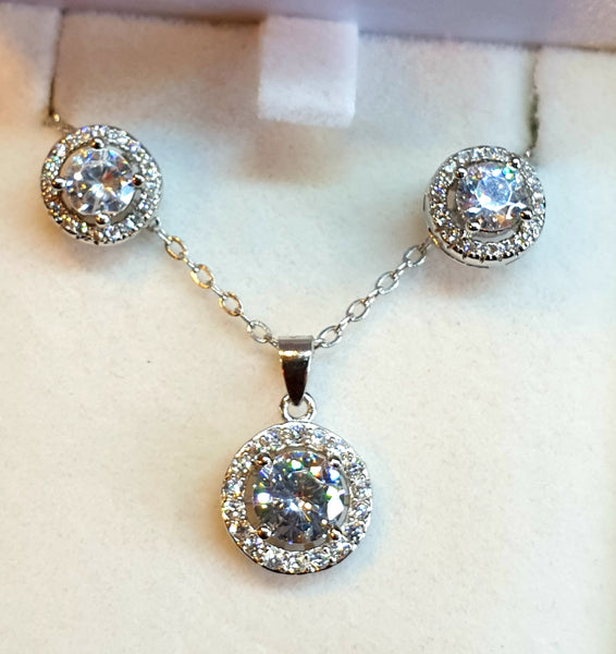Halo Solitaire Pendant and Earring Set