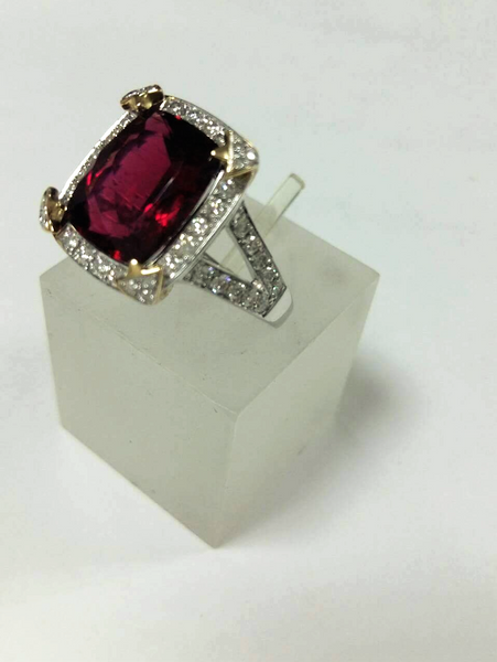 Luxury Natural Diamond and Rubellite Ring