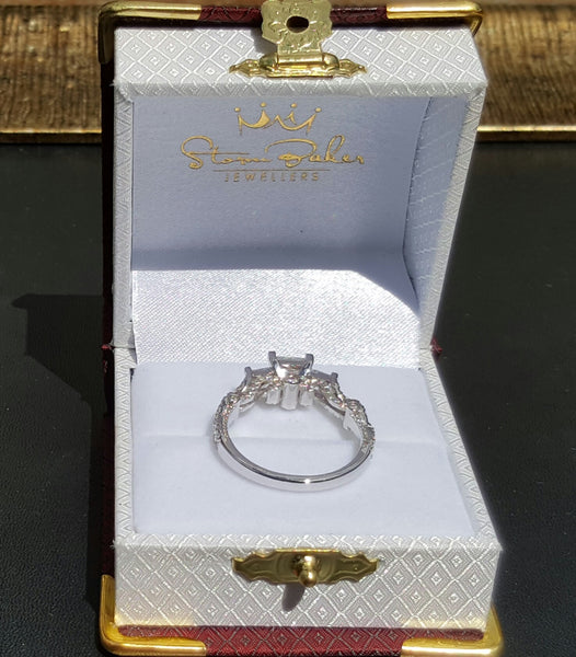 Valentina Trilogy Ring - Fine