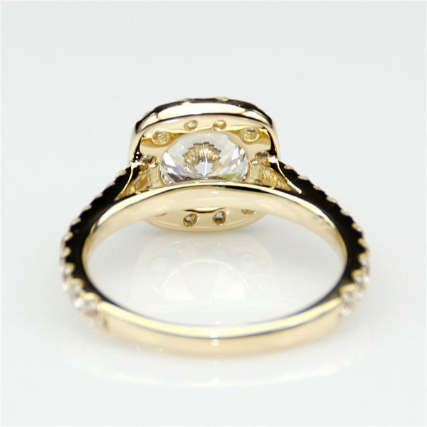 Beth - Elegant Halo Ring