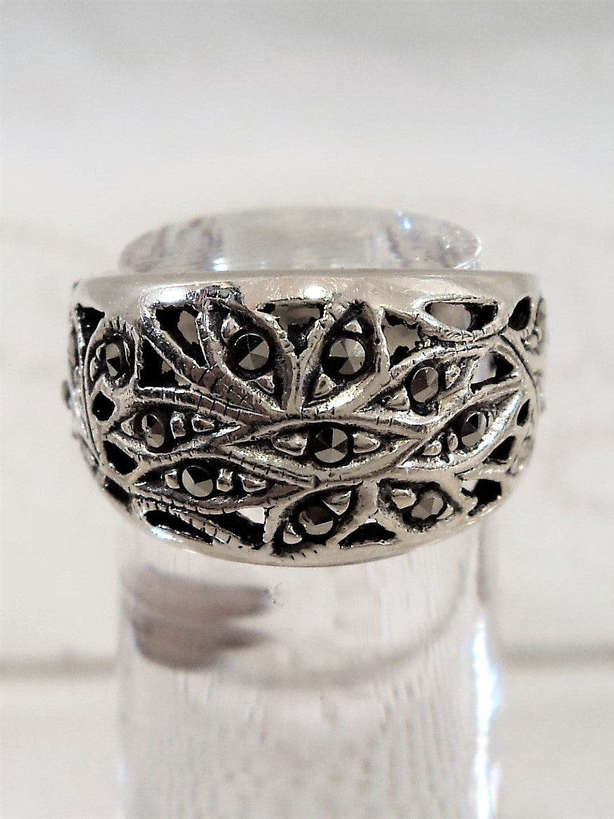 Vintage Sterling Silver Marcasite Ring