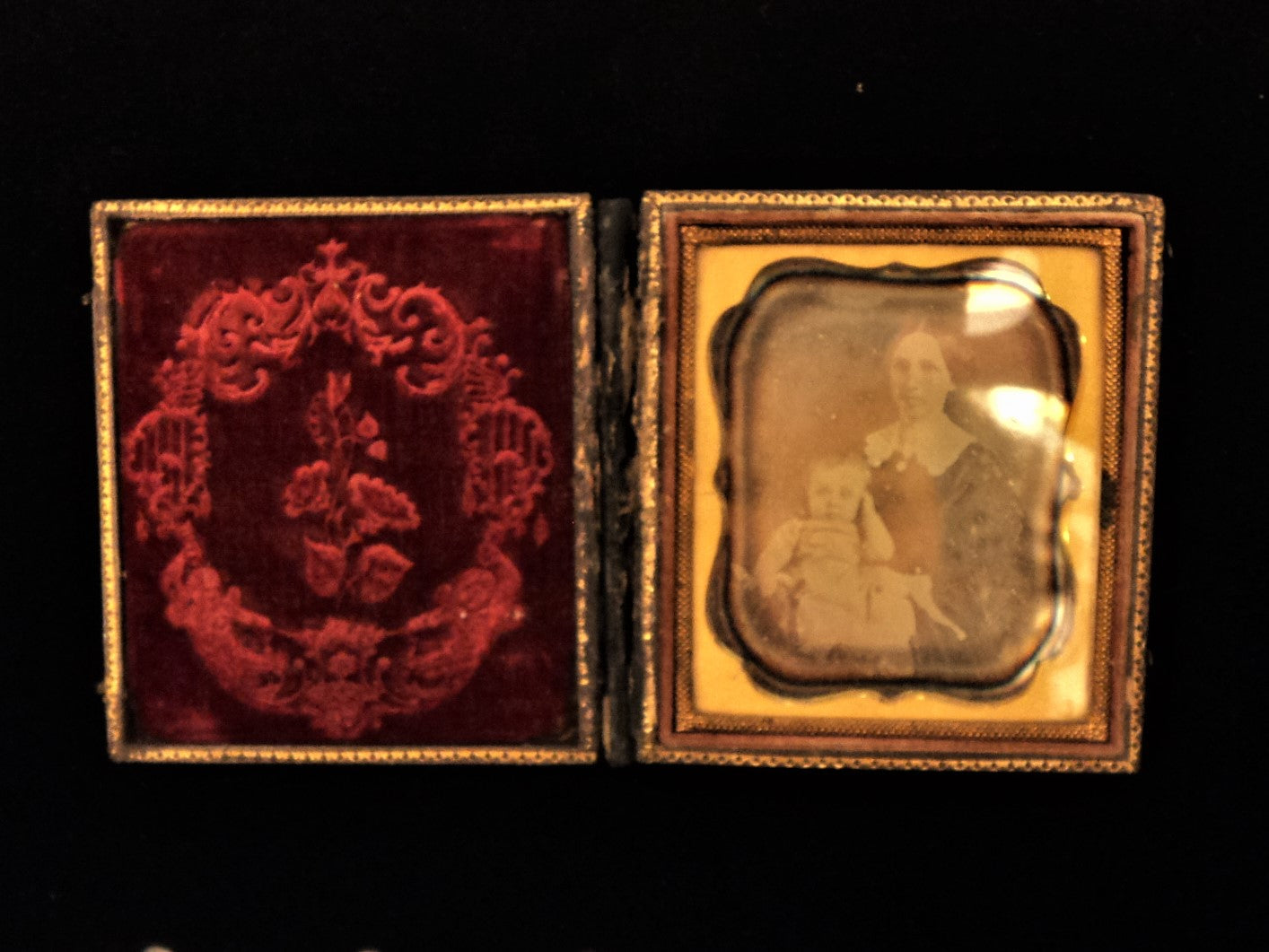 Antique Daguerreotype Mother and Child Photo