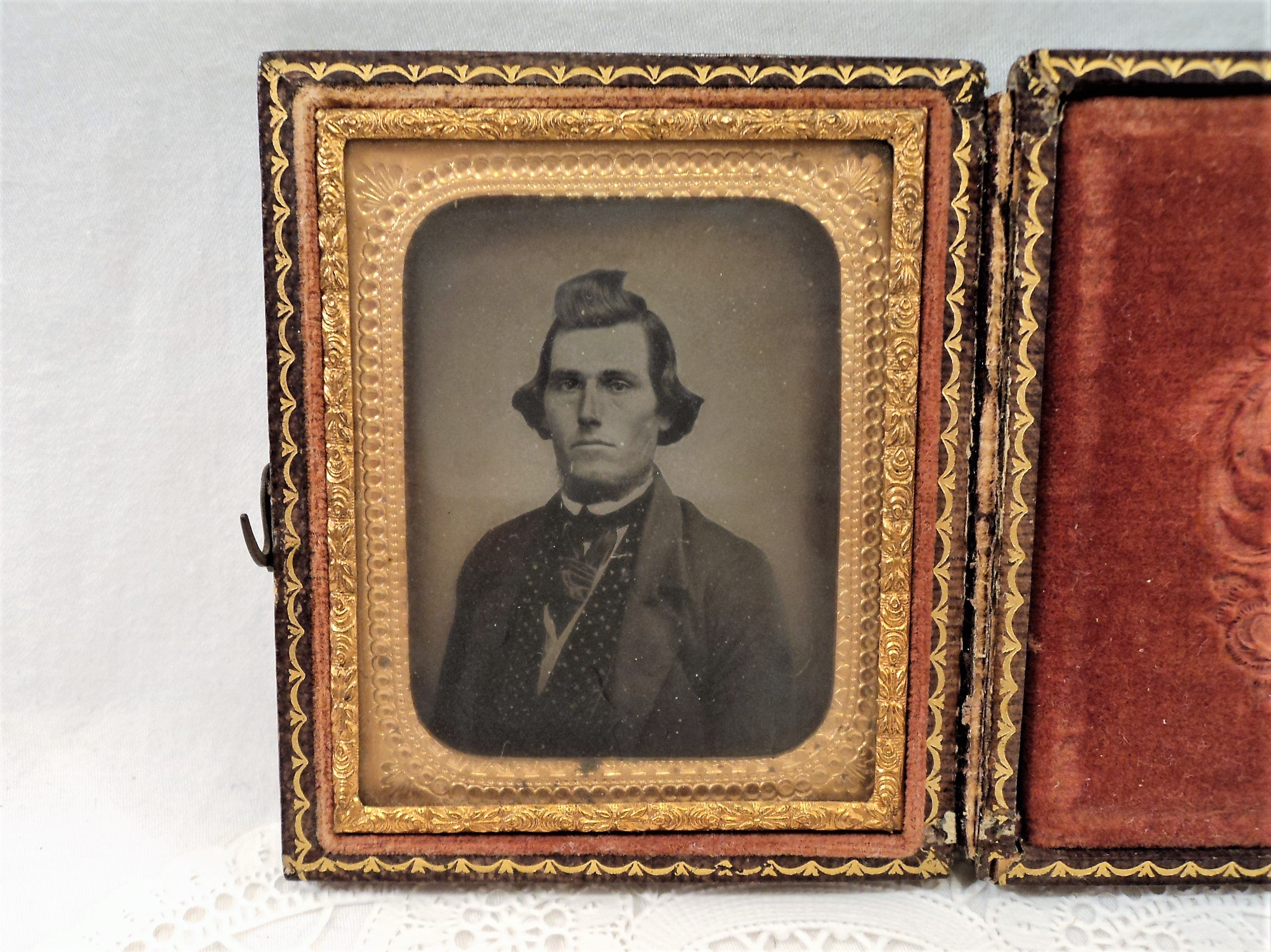 Early 1850s Antique Tintype Photograph of a Gentleman